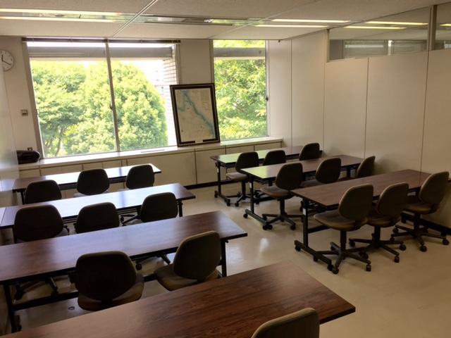研修講座室